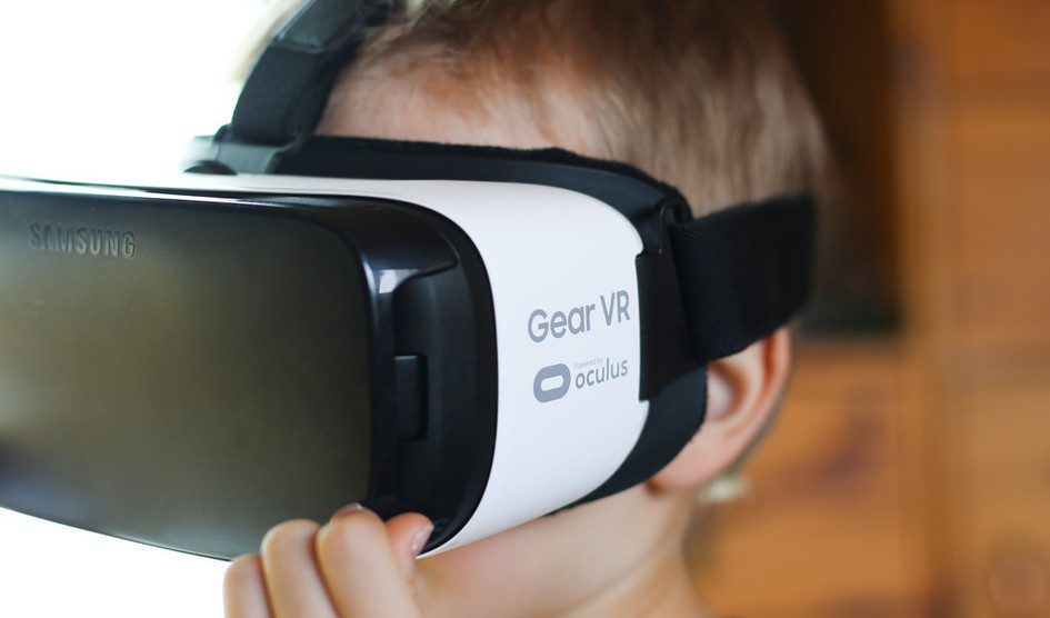 El nuevo Samsung Gear VR se rumorea que contará con un panel de 1.500ppi