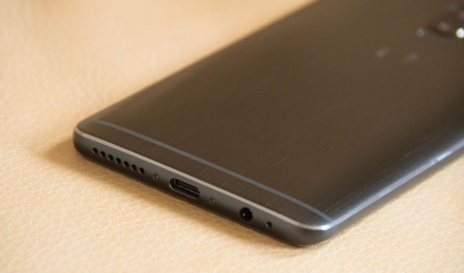 Huawei Mate 10 sin biseles