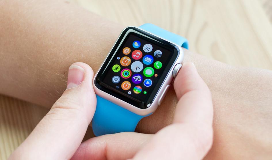 Apple iWatch de primera generación tendrá reparaciones gratuitas en los 3 primeros años