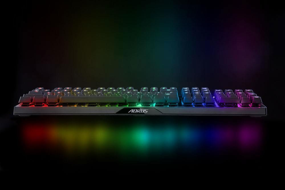 Gigabyte lanza el teclado gaming Aorus K9 Optical