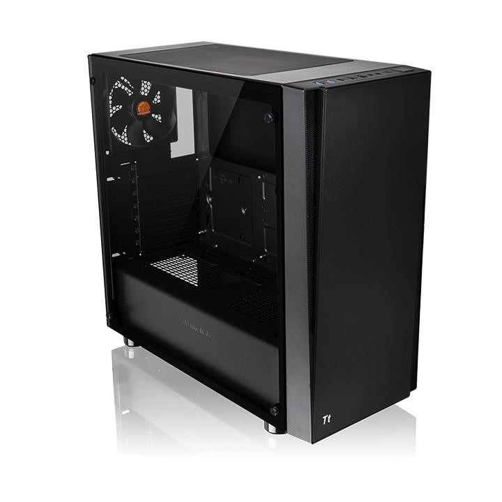 Thermaltake lanza su torre Versa J21 Tempered Glass Edition