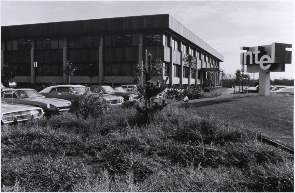 NP: Intel celebra 50 años de innovaciones