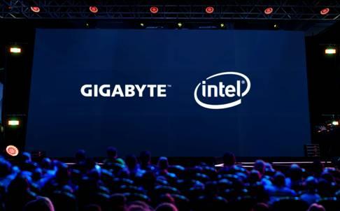NP: GIGABYTE e Intel conmemoran 40 años de evolución del procesador