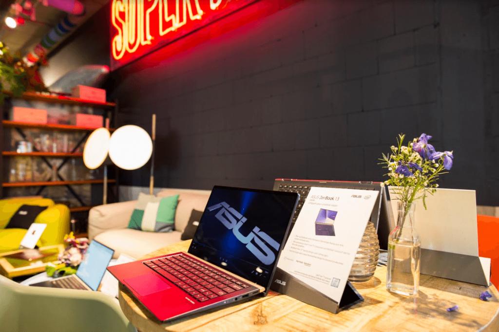 NP: ASUS presenta en IFA 2018 la nueva serie ZenBook: los portátiles más compactos del mundo