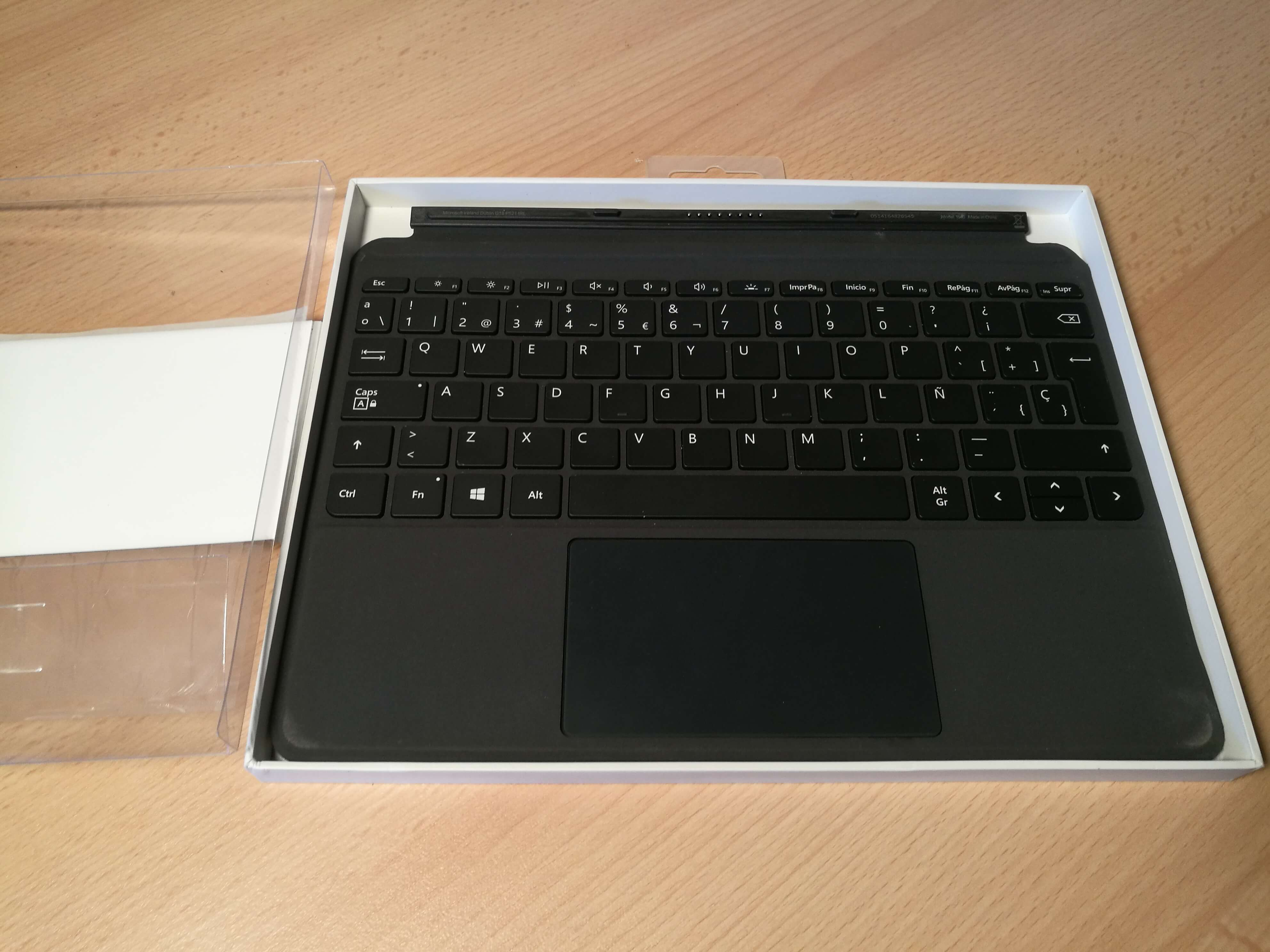 Surface Go TypeCover
