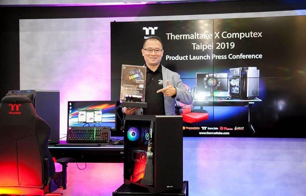 NP: Thermaltake Level 20 RGB BattleStation Gaming Desk & memoria TOUGHRAM RGB DDR4 lanzamiento