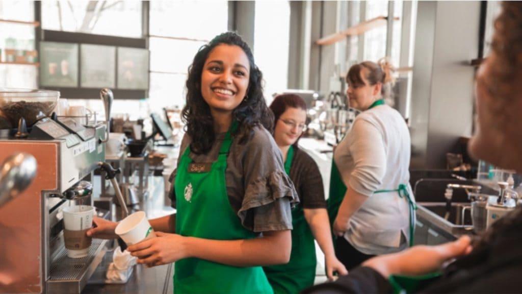 NP: Starbucks apuesta por la tecnología de Microsoft para establecer una conexión más personal con sus clientes
