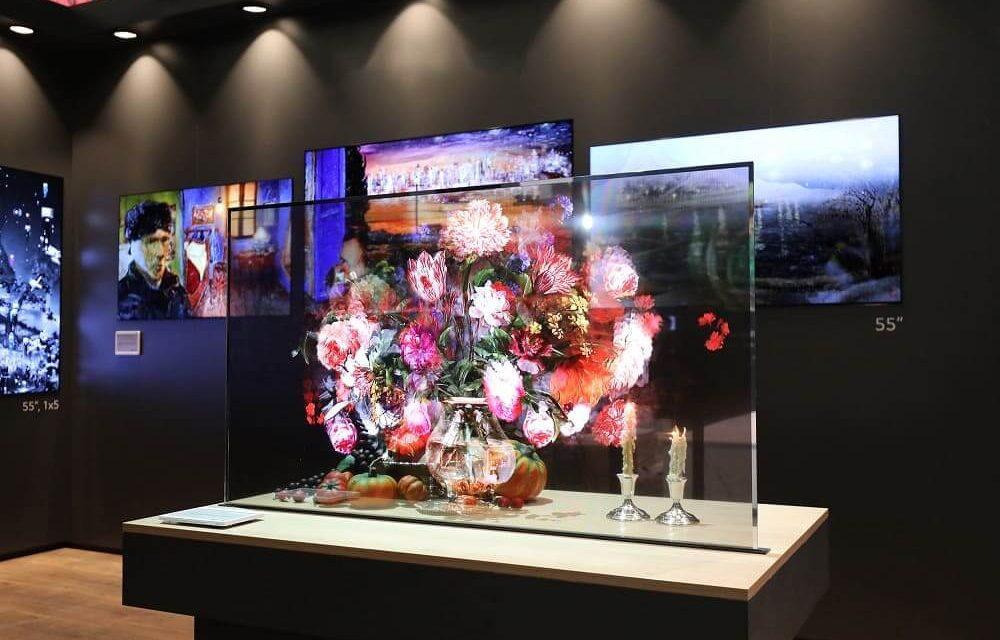 NP: LG presenta la nueva pantalla OLED transparente para señalética