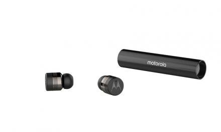 NP: Motorola presenta los nuevos auriculares compactos VerveBuds 300