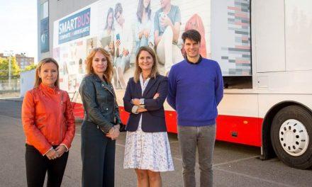 NP: El Smartbus de Huawei España recorre las escuelas del país para fomentar la educación y responsabilidad digital
