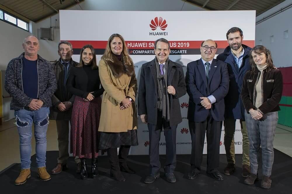 NP: El Smartbus de Huawei España recorre las escuelas gallegas para fomentar la educación y responsabilidad digital