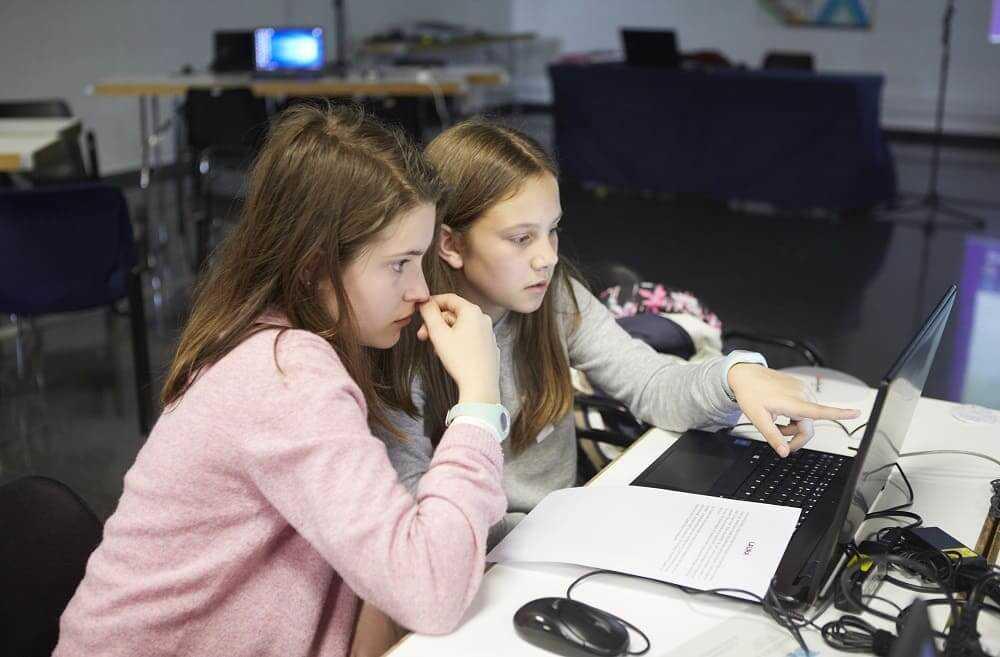 NP: El 82% de los jóvenes españoles entre 8 y 16 años considera que los estudios STEAM interesan por igual a chicos y chicas