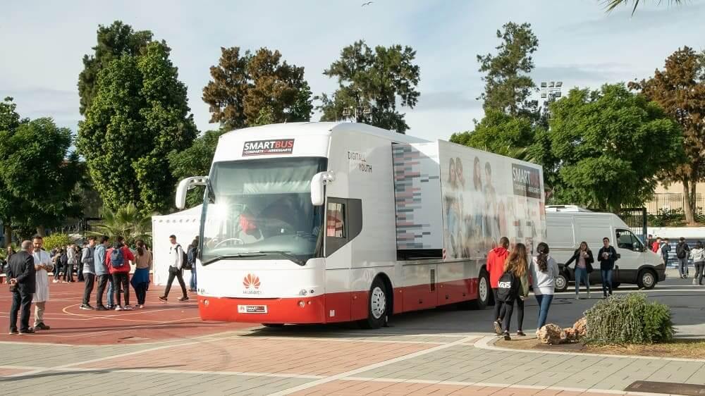 NP: El Smartbus de Huawei forma a más de 25.000 personas en España en el uso seguro y responsable de las nuevas tecnologías