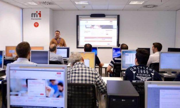 NP: El 21% de las empresas españolas decide invertir en formación tecnológica especializada para sus empleados