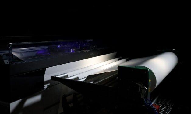 UVgel Wallpaper Factory de Canon, una automatización completa para aumentar el volumen de producción