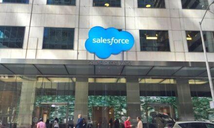 La campaña navideña digital más grande de la Historia agotará la capacidad de envío, según las predicciones de Salesforce