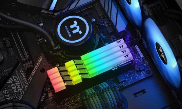 Thermaltake lanza las memorias TOUGHRAM RGB DDR4 4600MHz de 16GB