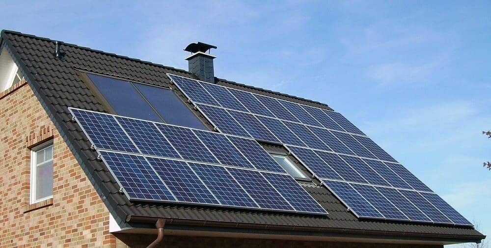 Llega el 'Netflix' de la energía solar con la española SotySolar: sin entrada, ni permanencia ni penalización por cancelación