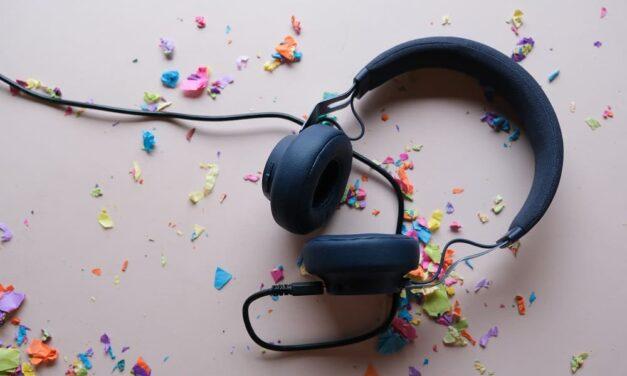 El 49,3% de los españoles escucha música en streaming