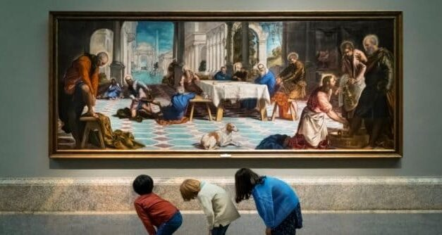 Cómo transformar una pantalla de televisión en una galería de arte