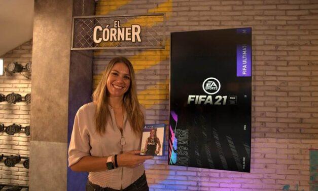 La periodista deportiva Nira Juanco se convierte en la primera voz femenina de la historia en formar parte del equipo de comentaristas del videojuego FIFA 21