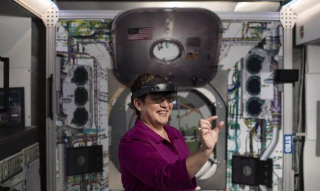 HoloLens 2, el dispositivo de Realidad Mixta de Microsoft, ya está disponible en España
