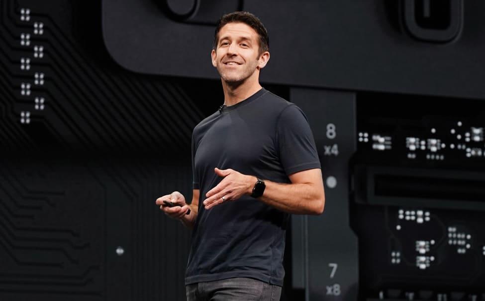 Dan Riccio empieza un nuevo capítulo en Apple