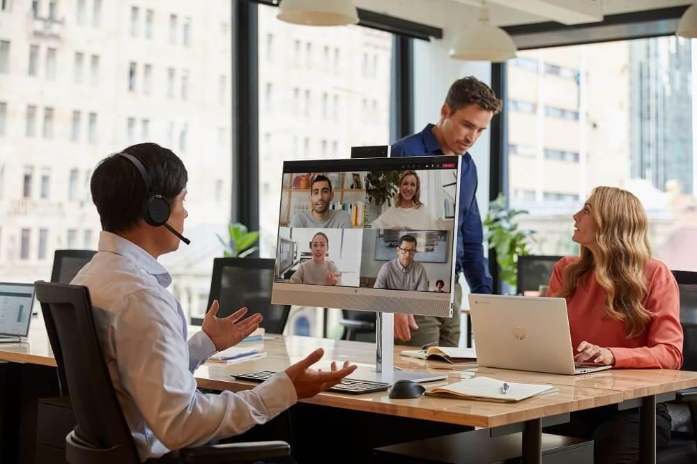 HP EliteOne 800 'All-in-One' conecta a las personas en entornos de trabajo híbridos