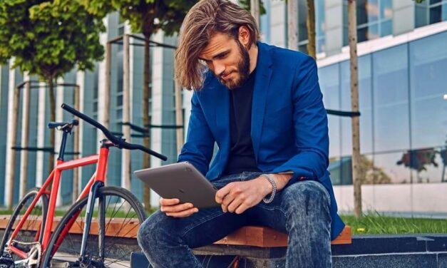 Tecnología para teletrabajar fuera de casa: consejos para trasladar tu oficina a cualquier parte