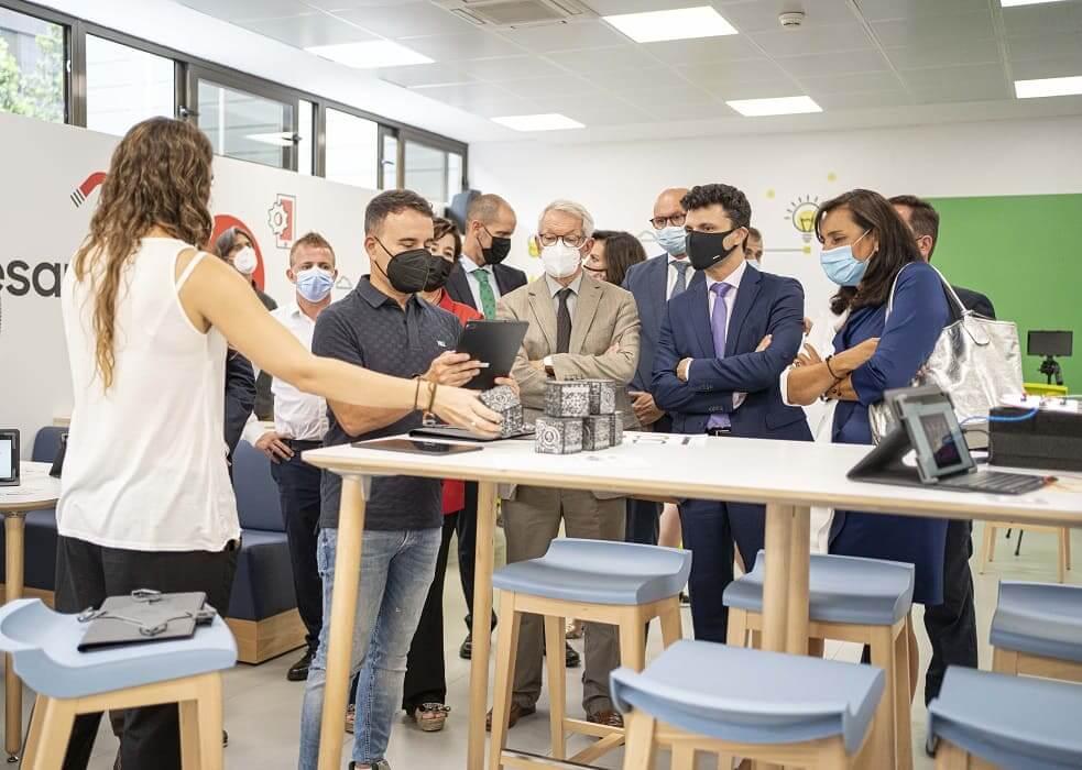 El INTEF y Samsung presentan el primer espacio de la red de Aulas del Futuro para el desarrollo profesional docente